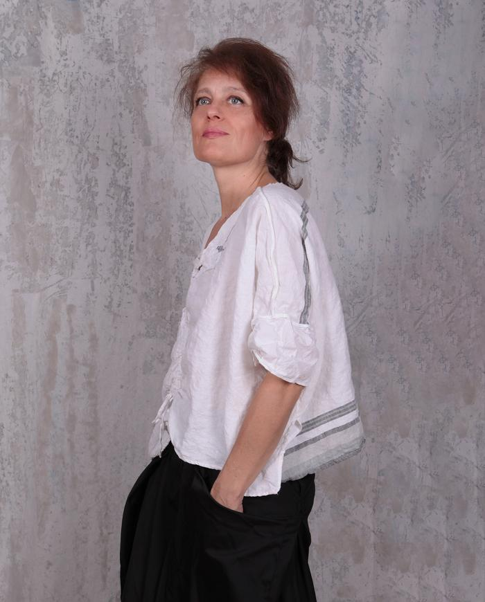 oversized short Belgian linen white top