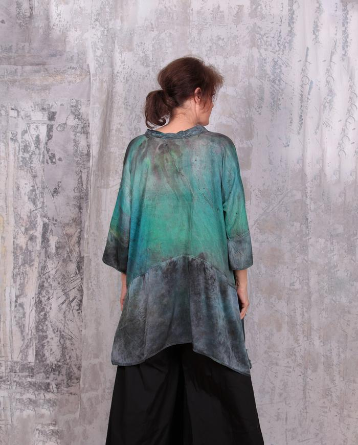 loose-fitting lightweight tunic