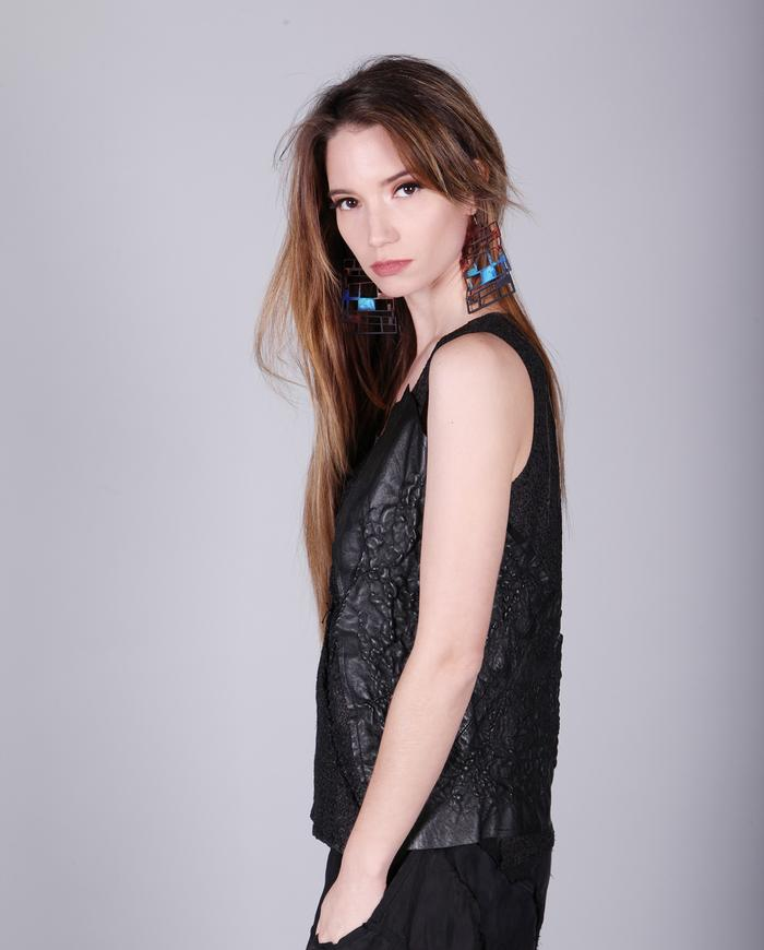 hand-textured lambskin leather stretch avant-garde top in black