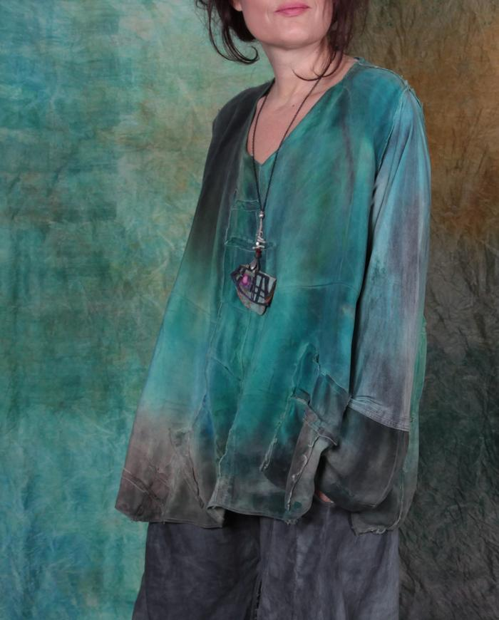 distressed loose-fitting silk crepe top with fun pockets