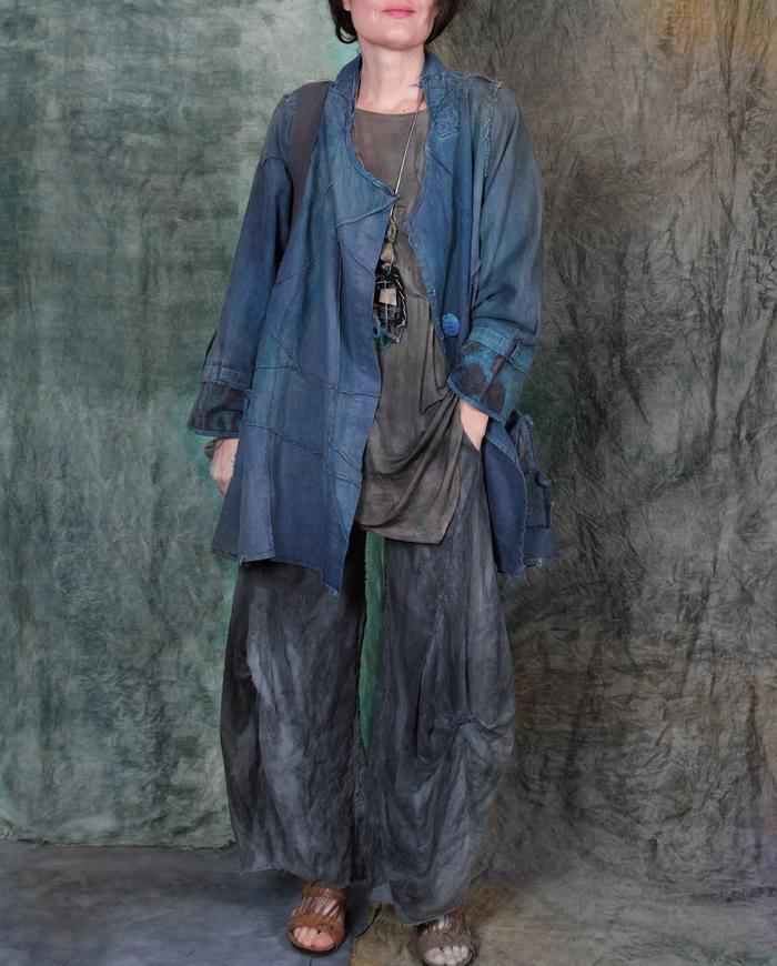 loose-fitting Belgian linen distressed blue textured jacket