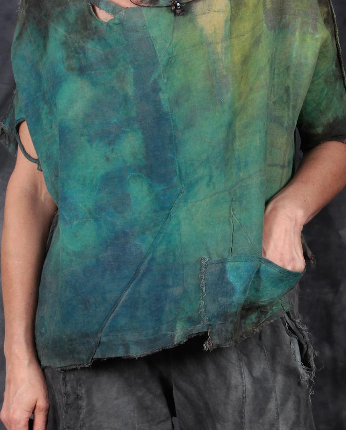 short loose-fitting reversible Belgian linen top