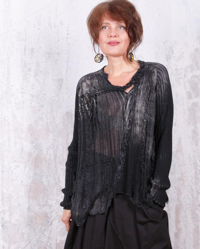 oversized open-weave knit hand-printed black/gray top