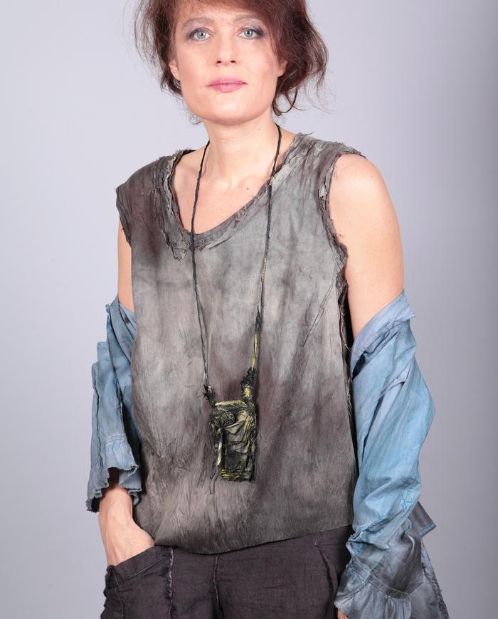 'green flash' avant-garde pendant necklace