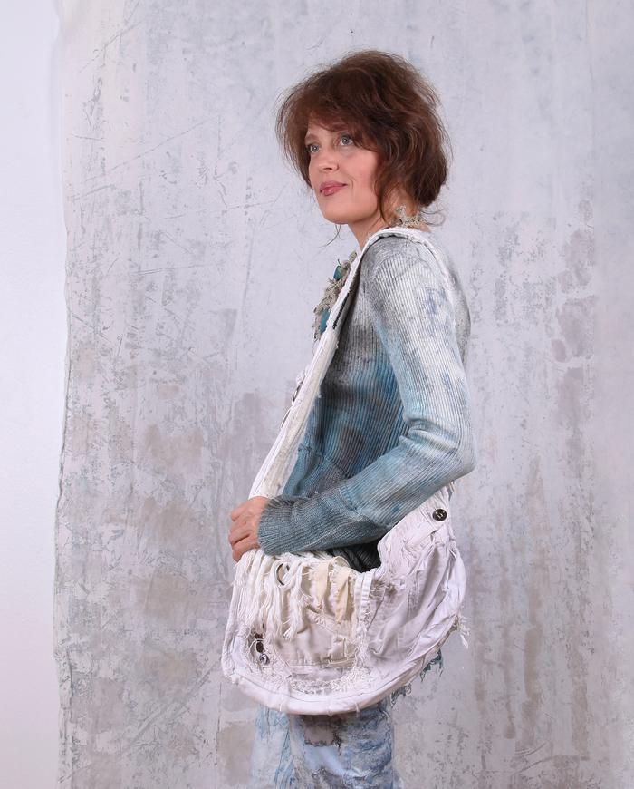 detailed Bohemian white-on-white fabric handbag