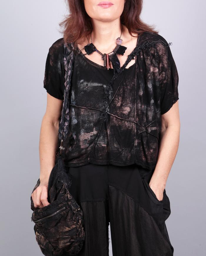 'throw on and go' drop shoulder hand-painted black top