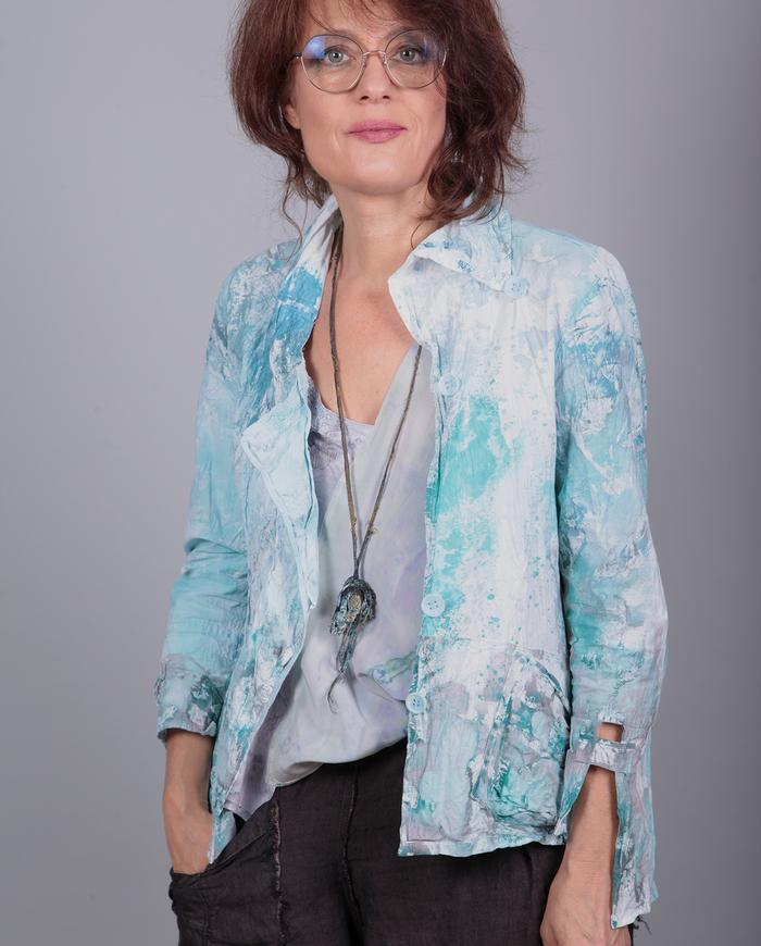 'shimmery medusa' abstract metallic pendant necklace